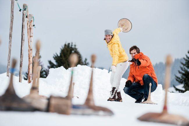 Eisstockschießen –Winterurlaub in Altenmarkt im Pongau, Ski amadé, Salzburger Land